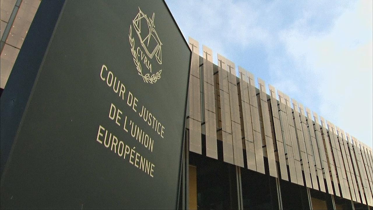 Венгрия и Словакия оспорили квоты на мигрантов в Европейском суде