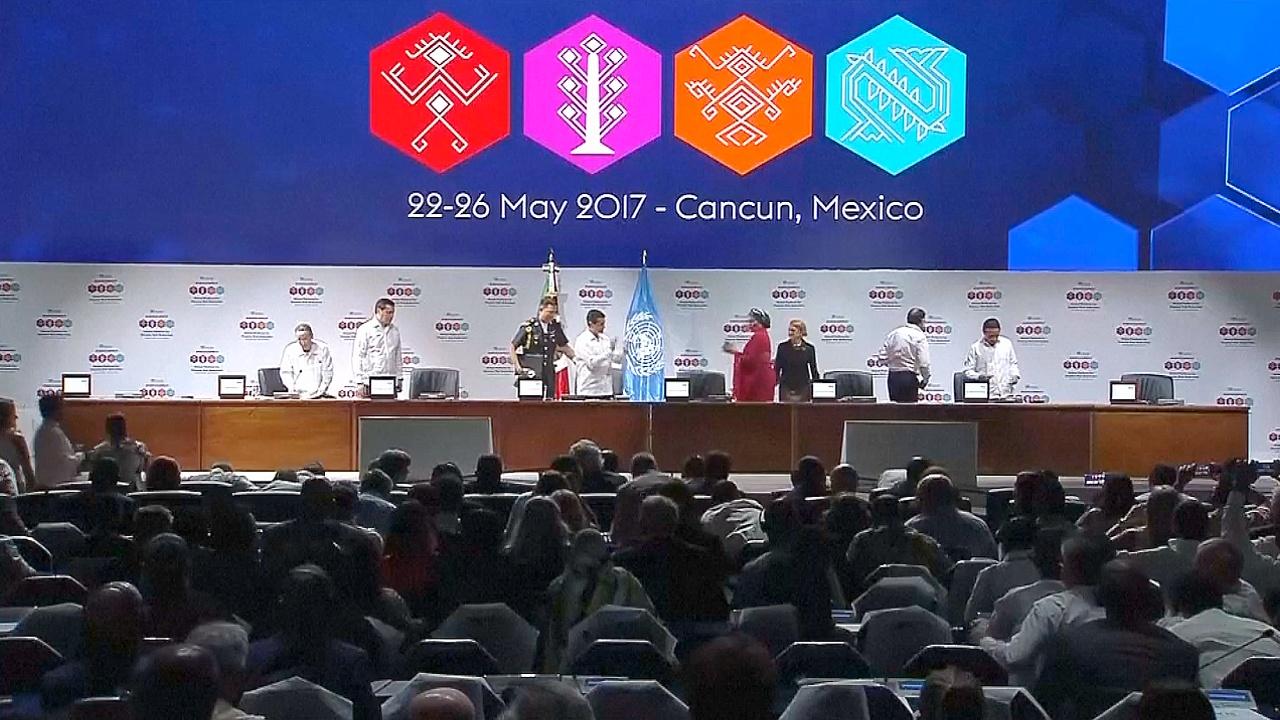 Мир обсуждает в Канкуне, как справляться со стихийными бедствиями