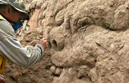В Перу нашли декоративную композицию на храме возрастом 3500 лет