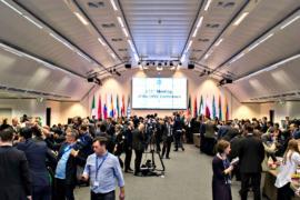 Страны, входящие и не входящие в ОПЕК, продлили сокращение добычи нефти