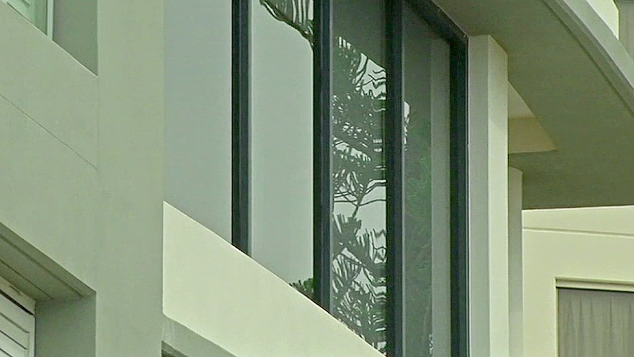 «Умные» окна помогут экономить тепло