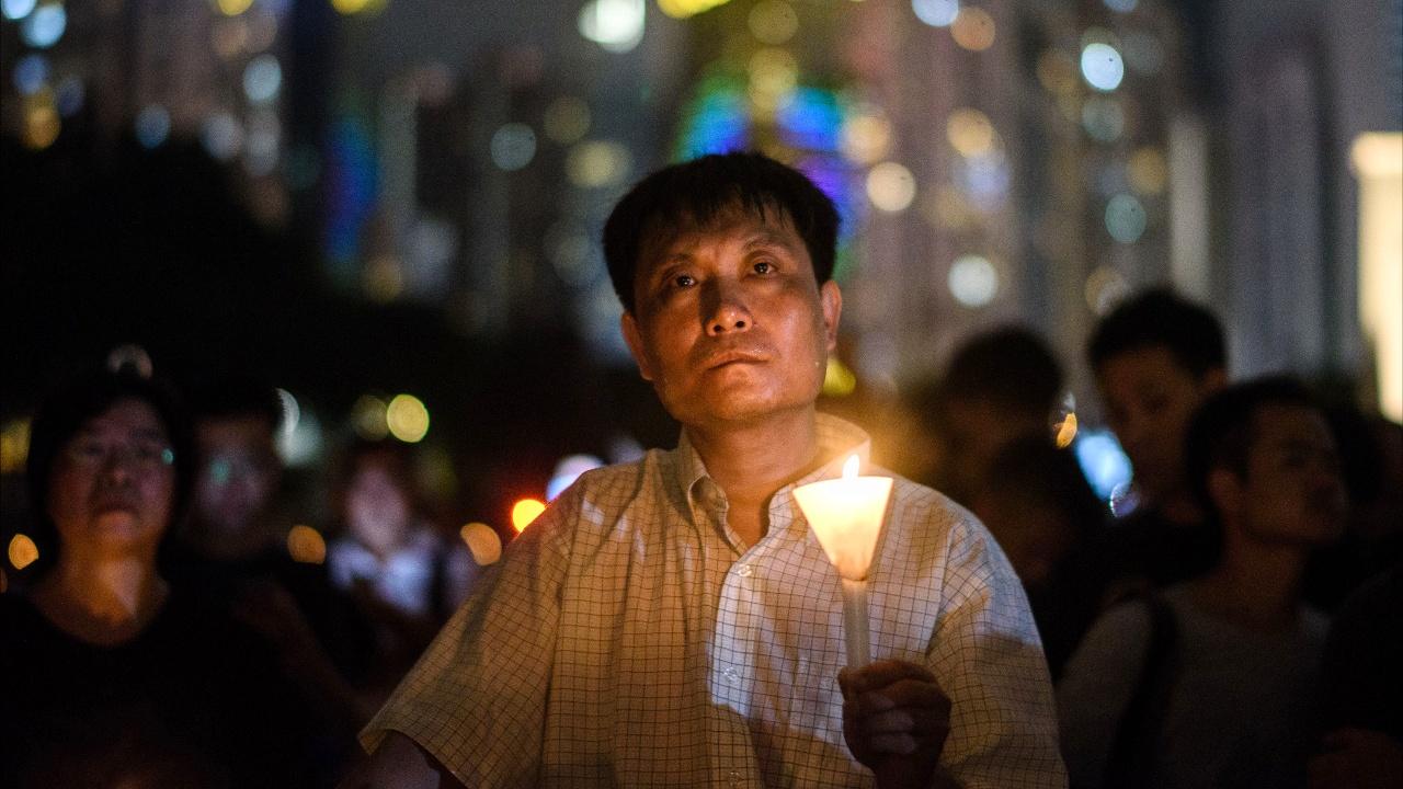 «Бойня на Тяньаньмэнь»: тысячи свечей зажгли в Гонконге