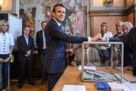 Партия Макрона может получить большинство мест в парламенте