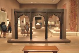 Метрополитен-музей начал глубже знакомить с историей Ближнего Востока