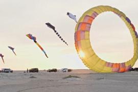 5000 воздушных змеев взмыли в небо над Данией