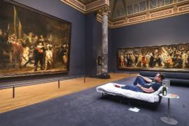 Амстердамский Рейксмюсеум подарил ночь в музее 10-миллионному посетителю