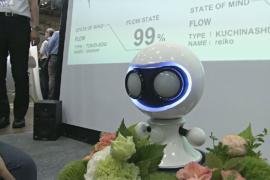 Робот-сомелье и анализатор эмоций – на выставке искусственного интеллекта