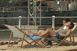 В столице Бельгии начался пятинедельный пляжный сезон