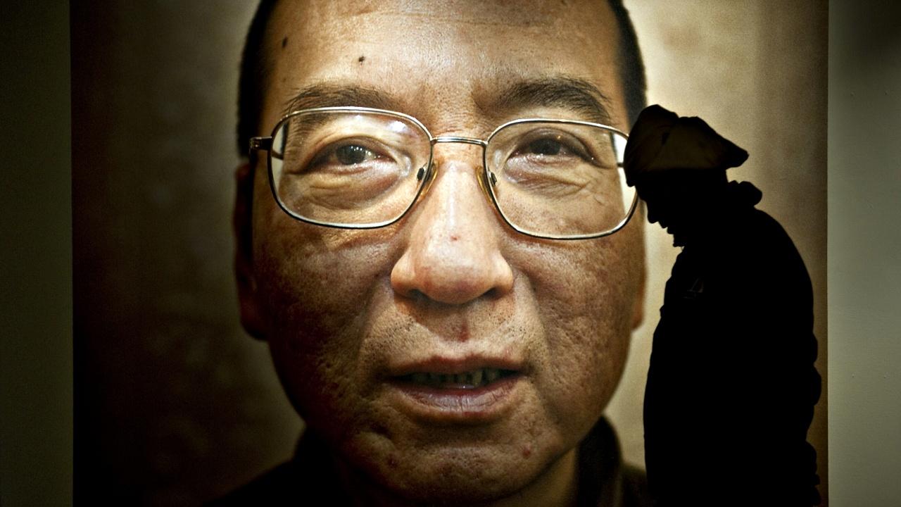 Умер лауреат Нобелевской премии мира Лю Сяобо