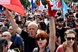 Десятки тысяч поляков протестуют против судебной реформы