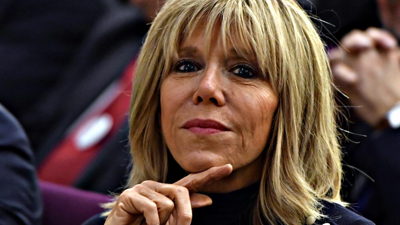 Тысячи французов — против статуса первой леди для Брижит Макрон