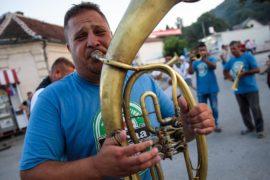 Фестиваль трубачей прошёл в сербском городе Гуча