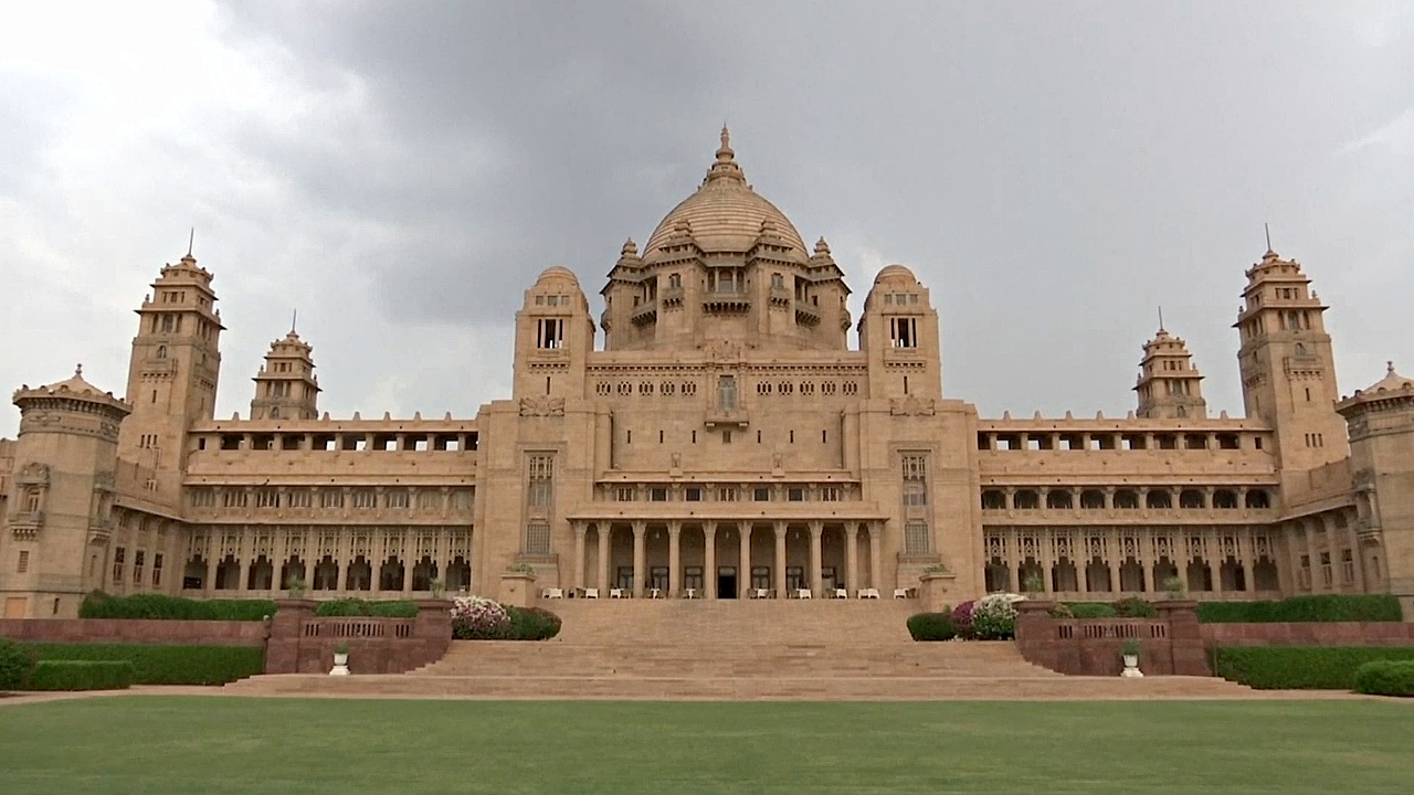 Дворец махараджи в Индии стал центром съёмок британского фильма