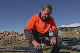Австралийцы добывают энергию из подземных глубин