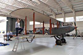 В Великобритании восстановили бомбардировщик возрастом 100 лет