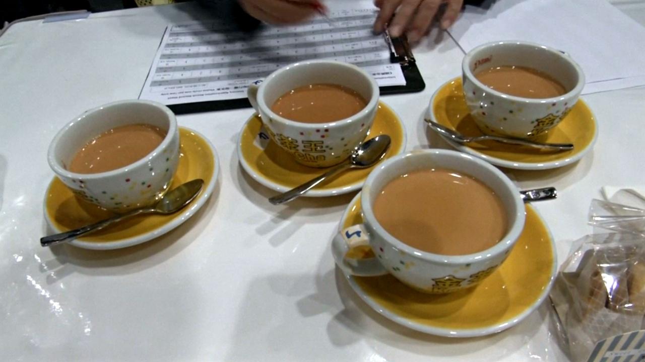 Конкурс по завариванию чая по-гонконгски выиграла участница из Шанхая
