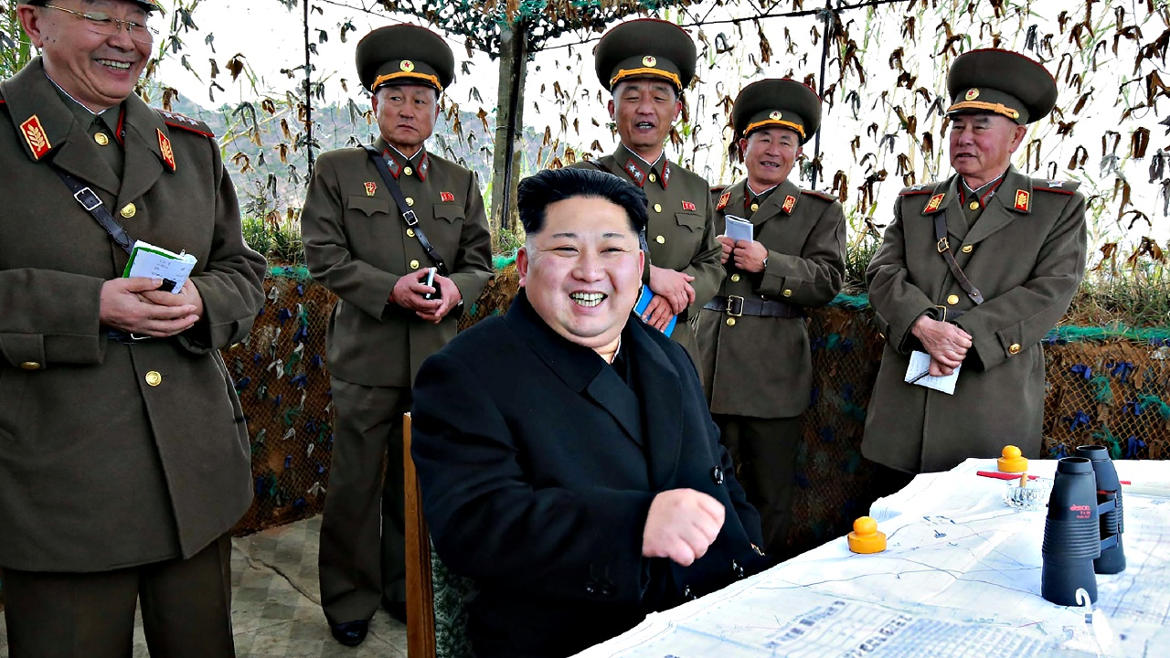 Лидер КНДР приказал производить больше ракетных боеголовок