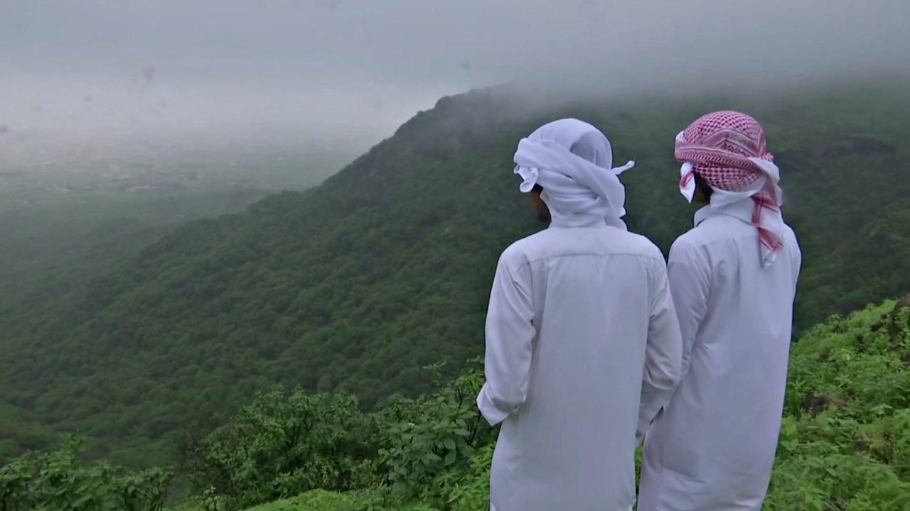 Оман в сезон дождей — рай для туристов из жарких арабских стран