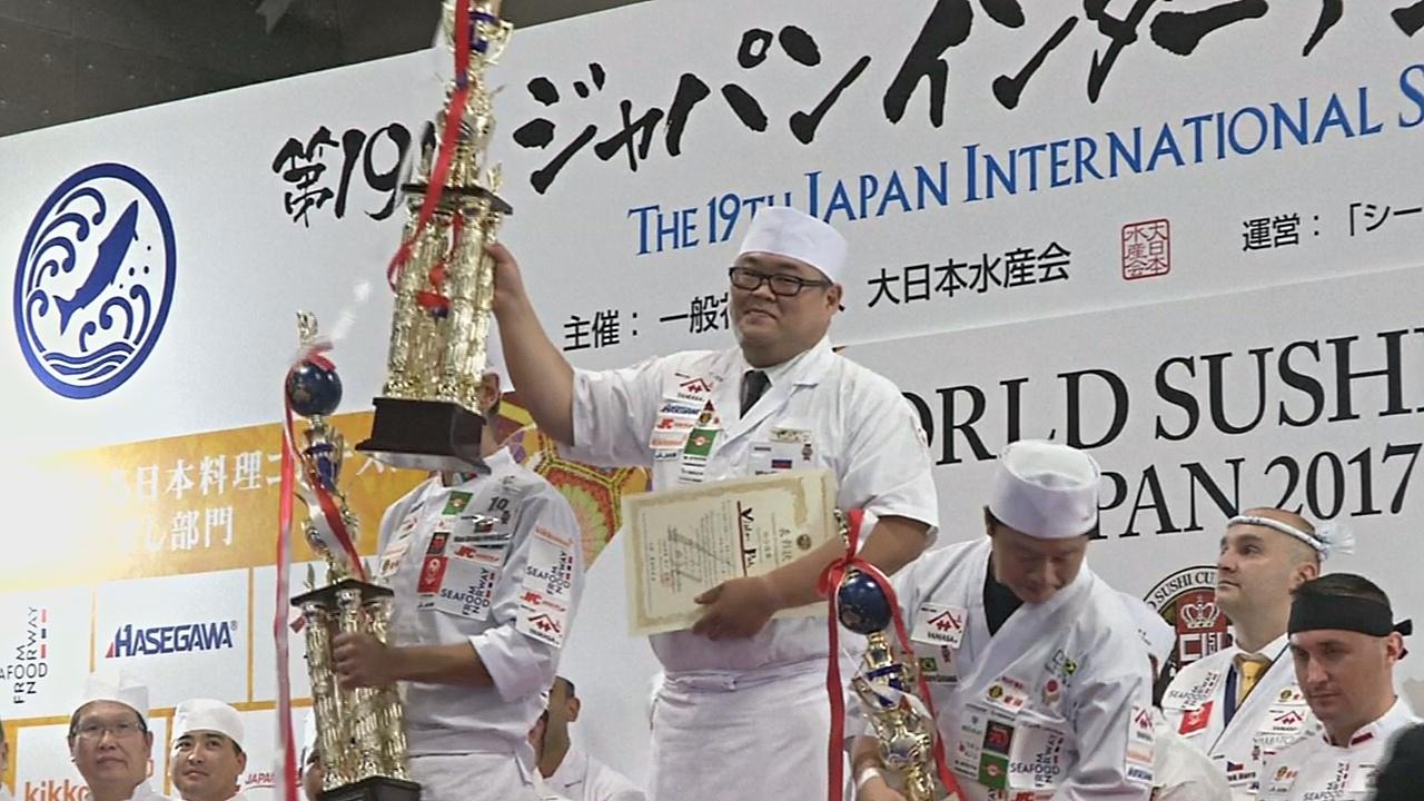 Российский шеф-повар победил на чемпионате по приготовлению суши в Японии