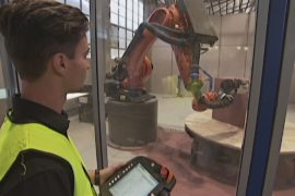Робот-скульптор помогает оформлять фасады домов в Брисбене