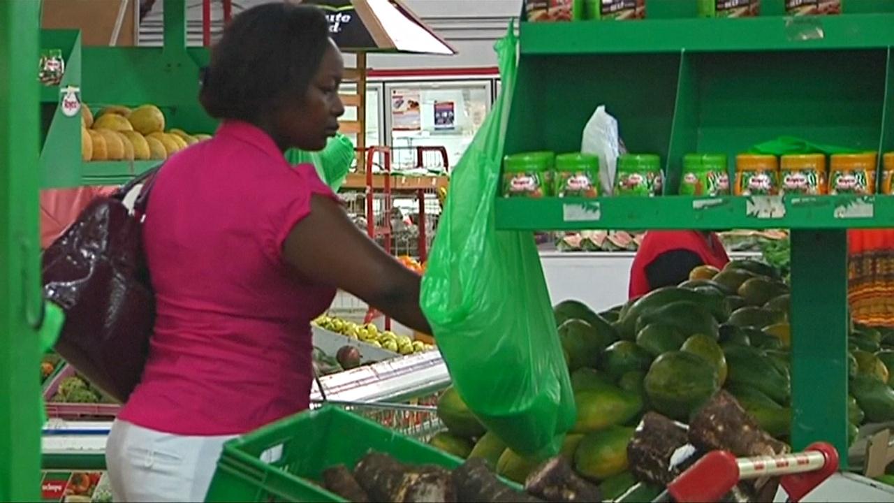 Кения ввела жёсткий закон против полиэтиленовых пакетов