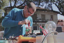 В Аргентине дают вторую жизнь сломанным вещам