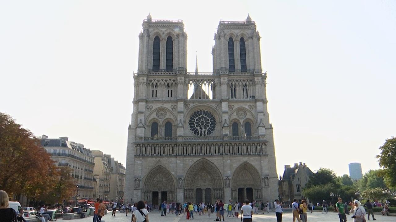 Парижскому собору Нотр-Дам нужно 100 млн евро на реставрацию