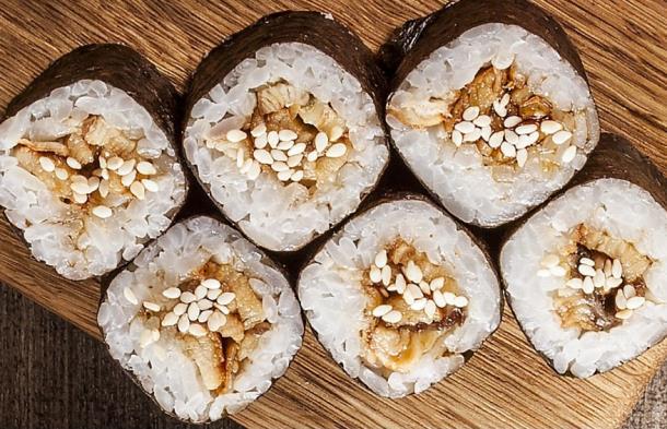 Роллы и суши из ресторана Vittoria – с доставкой