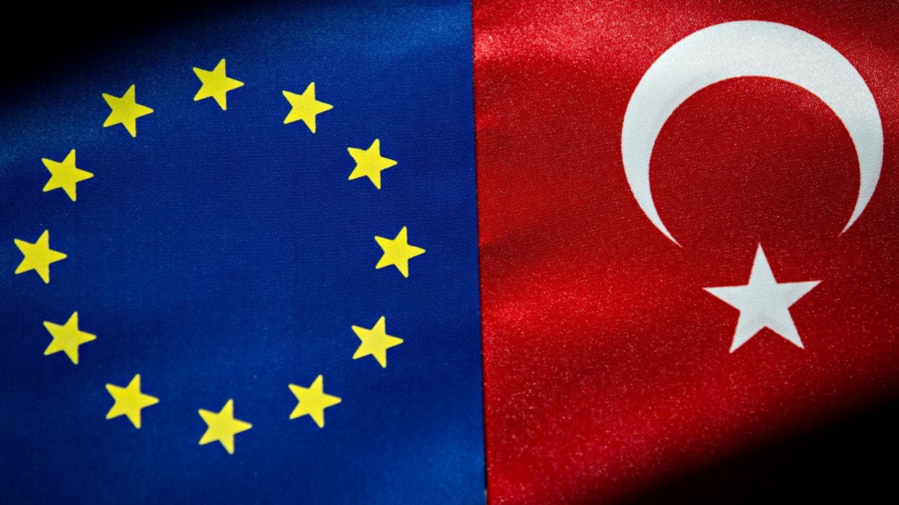 Кандидат или не кандидат: дебаты в ЕС вокруг Турции