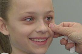 Австралийка делает уникальные протезы глаз