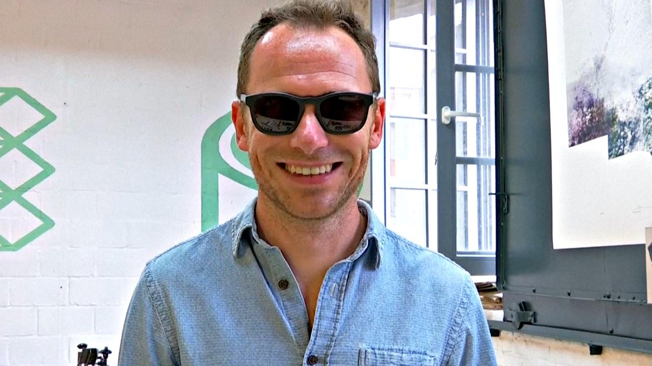 Стартап делает солнцезащитные очки из пластиковых бутылок
