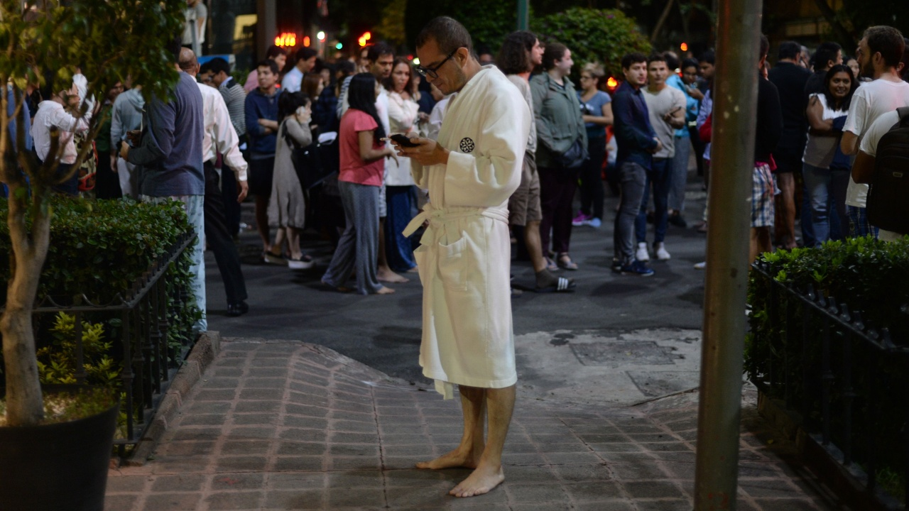 Мощное землетрясение в Мексике, есть жертвы
