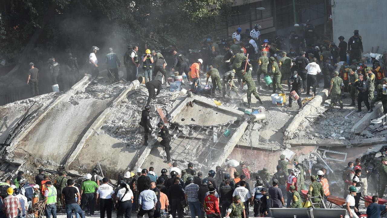 Землетрясение в Мексике: более 200 погибших и рухнувшая школа