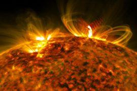 Серия вспышек на Солнце: учёные изучают последствия
