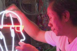 С улиц Гонконга исчезают неоновые вывески