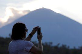 Вулканологи: «Извержение Агунга неминуемо»