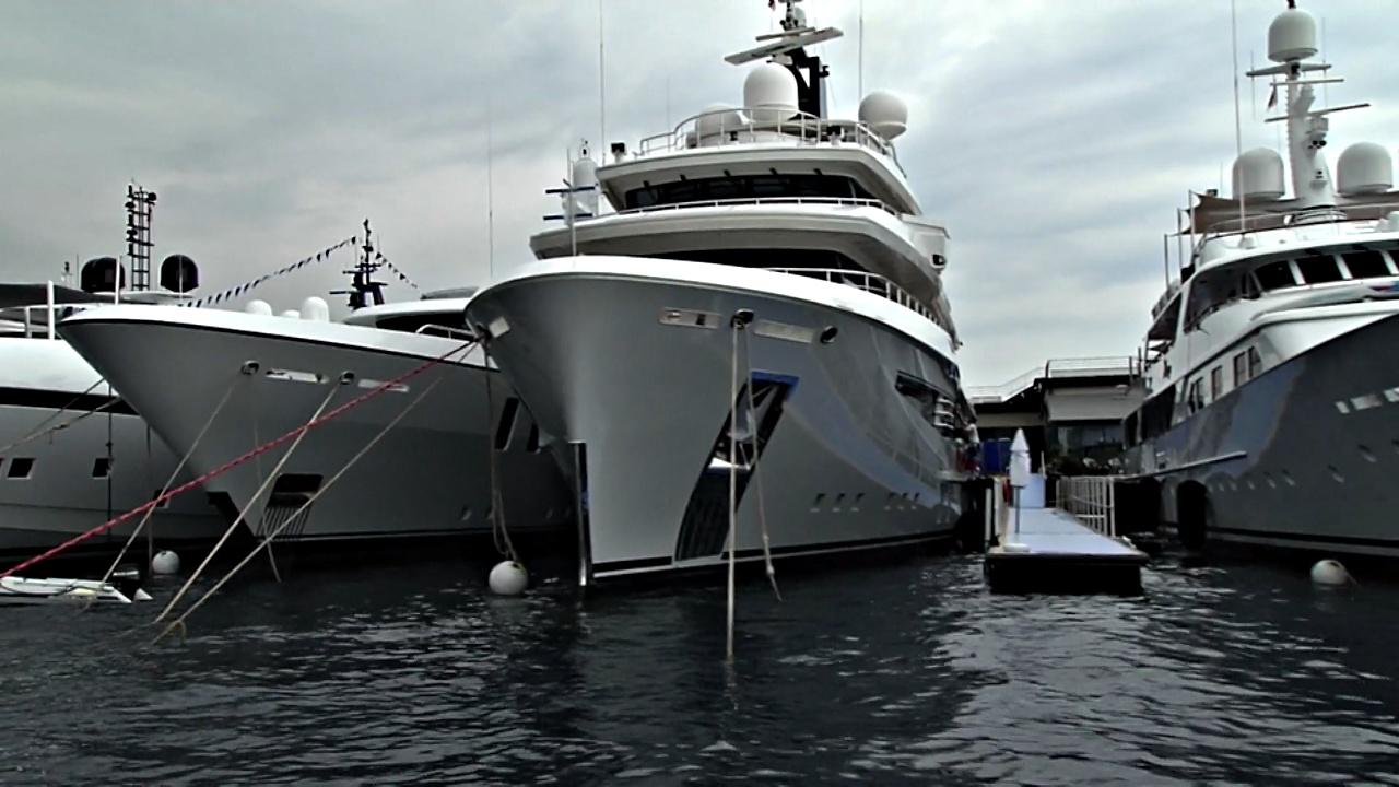 На Monaco Yacht Show представили роскошные и экологичные суперъяхты