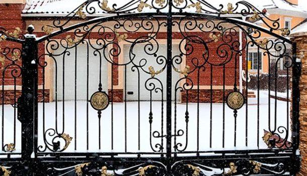 Кованые ворота – престижно и надёжно!