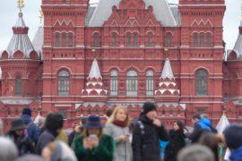 Лето россиян 2017: экономия и отдых на даче