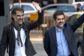 В Каталонии взяли под стражу лидеров двух организаций