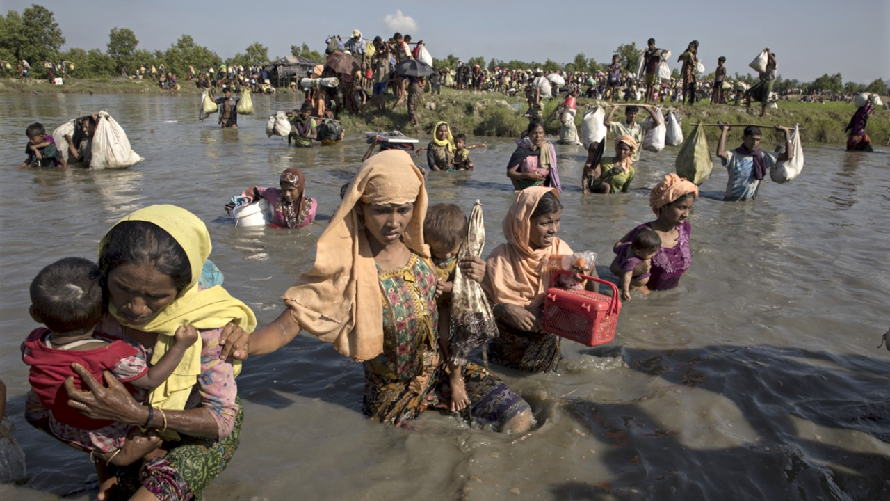 ООН призывает Бангладеш быстрее пропустить рохинджа через границу