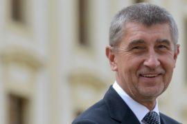Миллиардер Андрей Бабиш лидирует в предвыборной гонке в Чехии