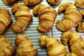 Из-за нехватки масла во Франции дорожают круассаны