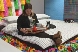 Любители Lego соревнуются за возможность переночевать в Lego House