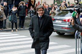 Экс-президента Каталонии отпустили на поруки
