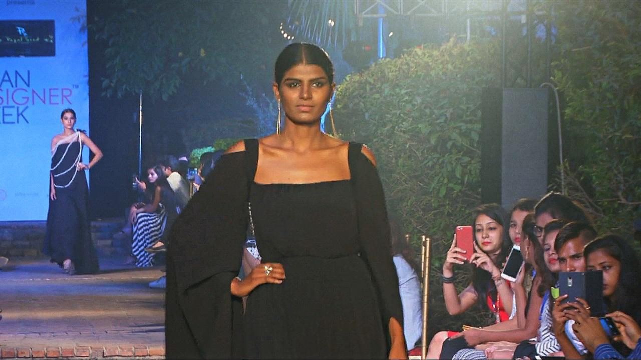 Начинающие дизайнеры Азии показали коллекции в Дели