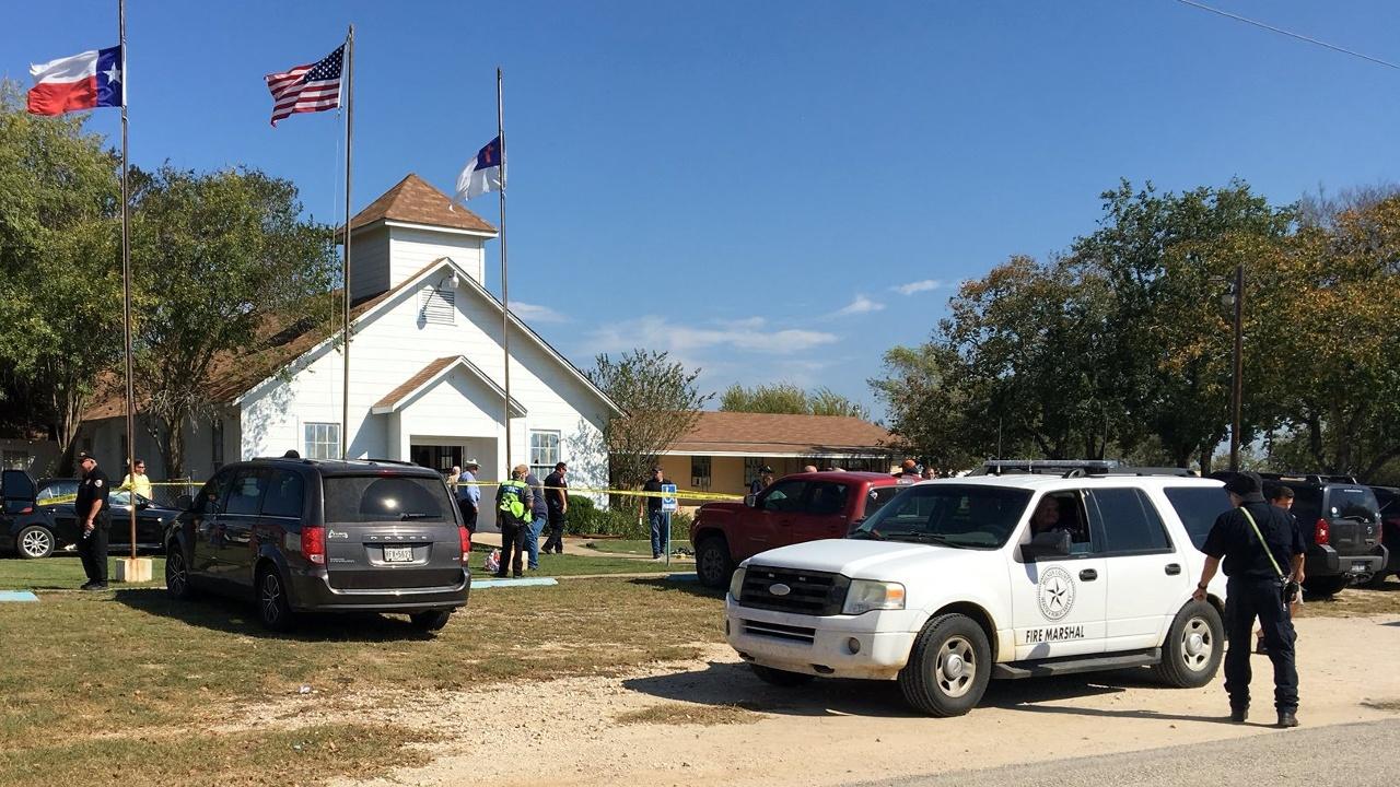 Стрельба в Техасе: 26 погибших
