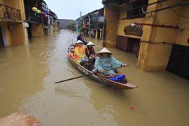 Смертоносные наводнения во Вьетнаме не помешают саммиту АТЭС