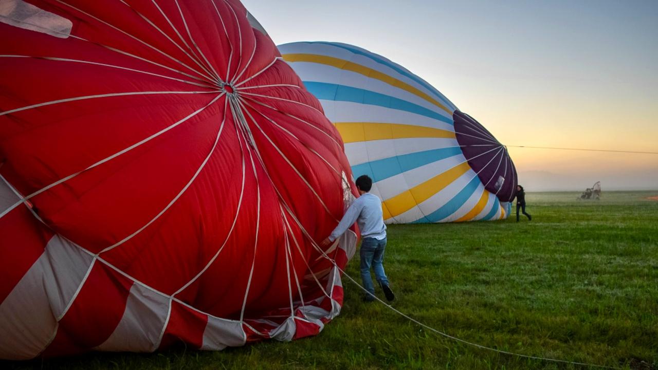 Во Франции отметили годовщину первого полёта на воздушном шаре