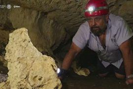 Учёные исследуют лабиринты тоннелей под пирамидами майя
